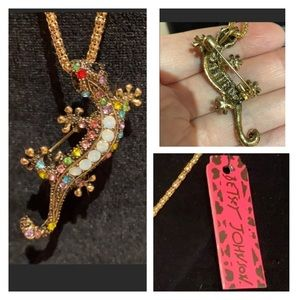 🆕 NWT Betsey Johnson Ghecko Necklace / Broach